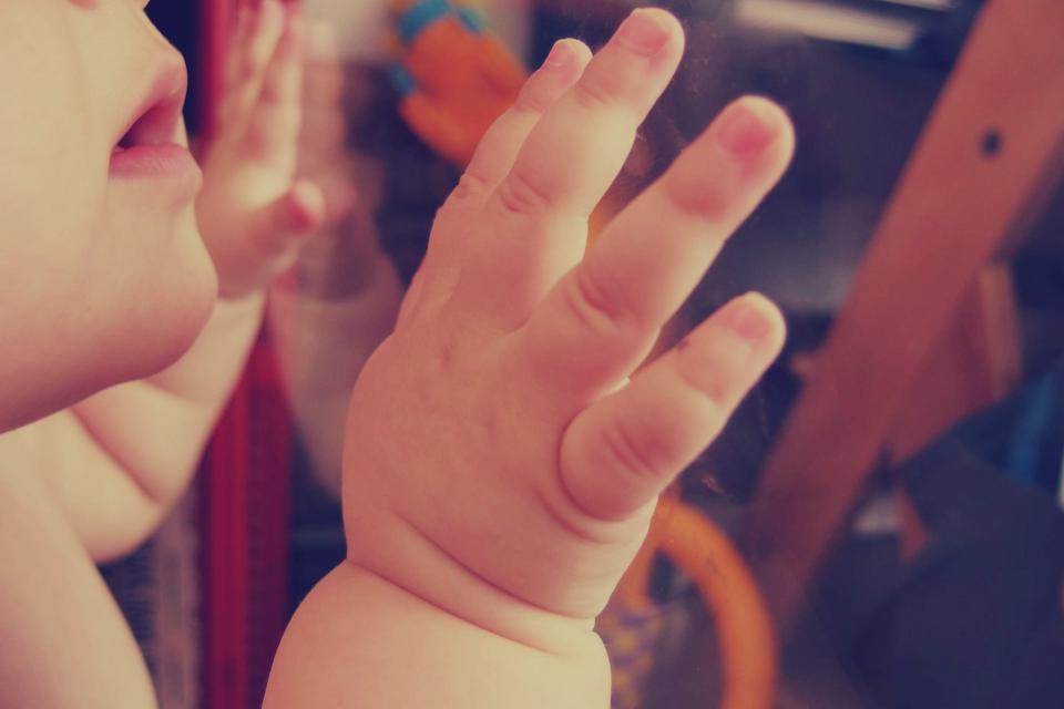 לקבל עצות בדיסקרטיות. תינוק|צילום: stocksnap.io