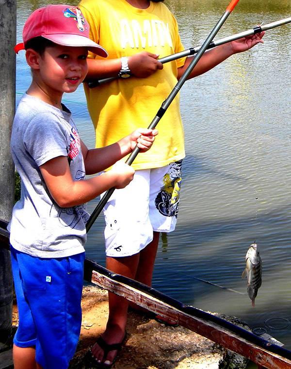 דייג אוהב דגים|צילום: עופר שנער