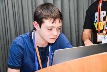 בן 14 פיתח אפליקציה חברתית
