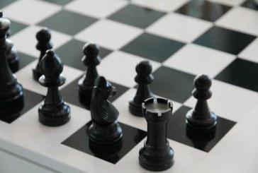 שני אלופי הארץ בשחמט: ילד ונערה מראשון לציון